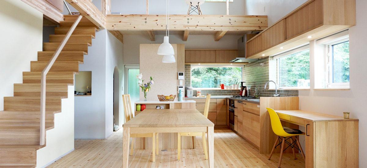 オーダー家具・オーダーキッチン・ダイニングテーブル・階段・リノベーション