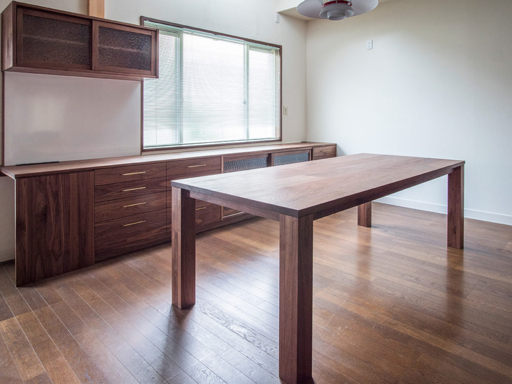 オーダー家具・食器棚とテーブル/関西・大阪・高槻市