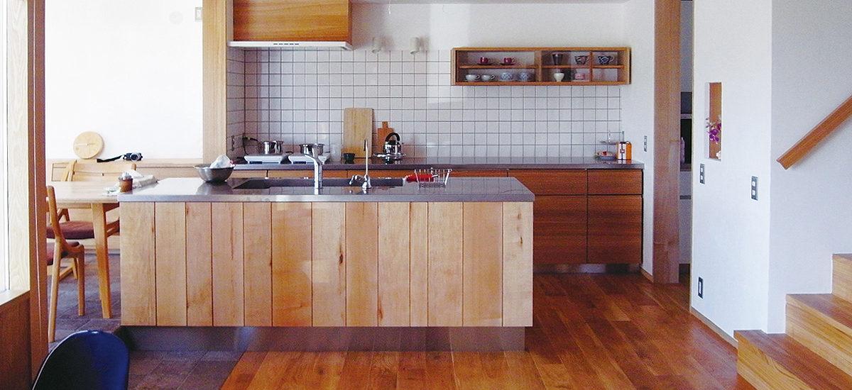オーダー家具・オーダーキッチン・食器棚・ダイニングテーブル