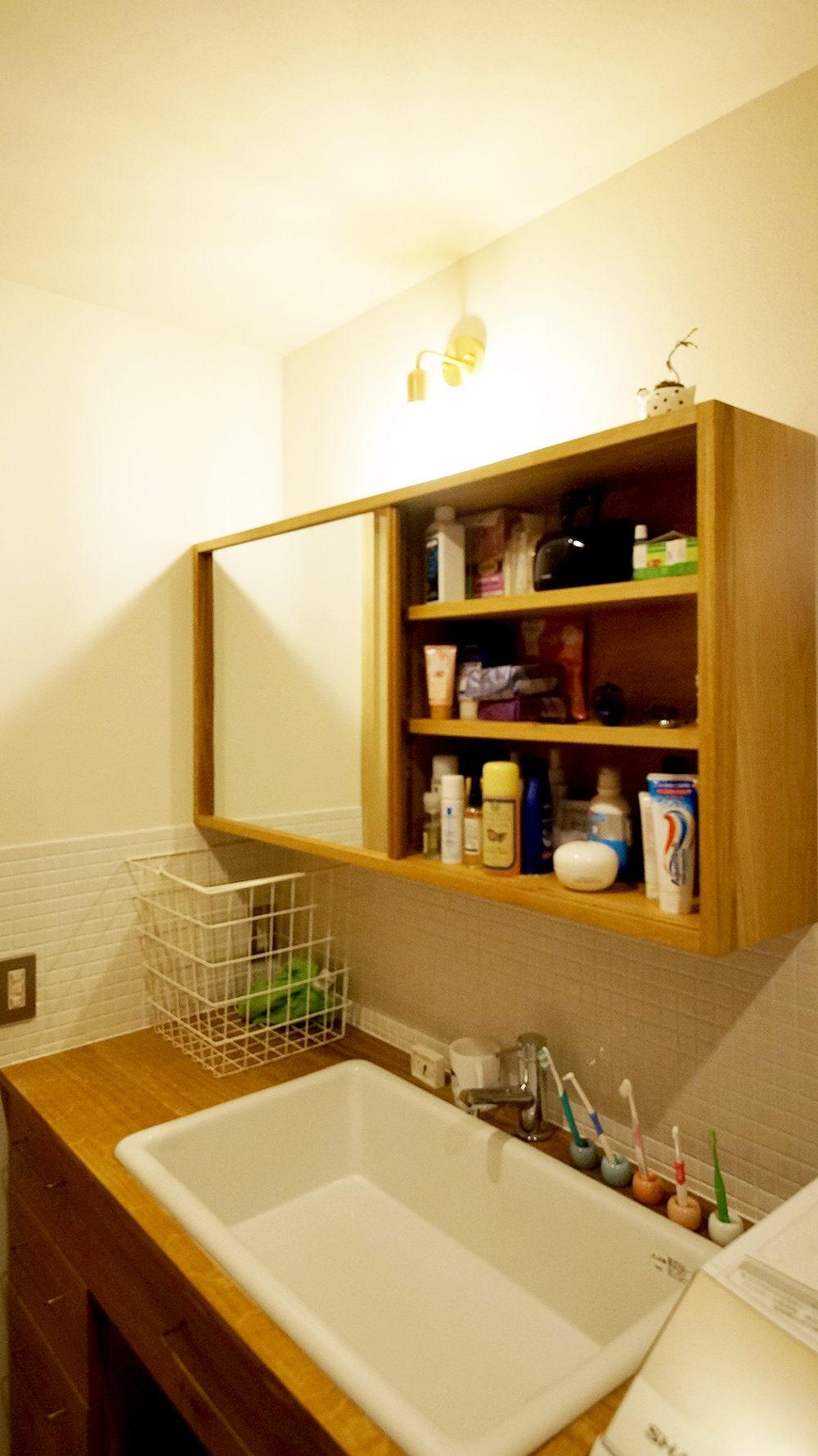 オーダー家具・洗面台・収納棚・引き戸/関西・兵庫・神戸
