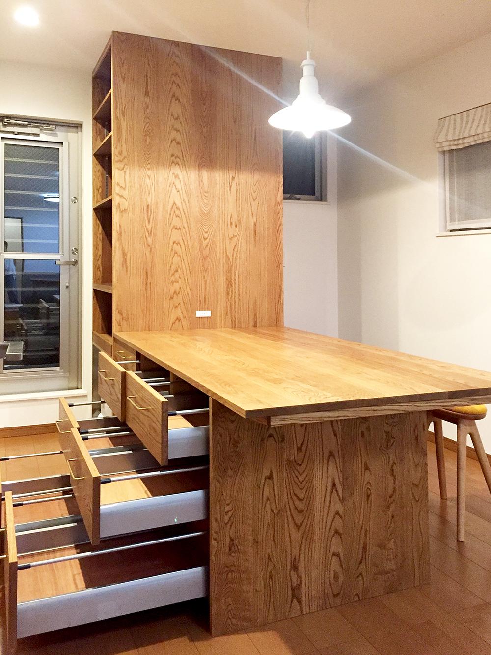 オーダー家具・収納棚兼テーブル/関西・大阪・豊中市