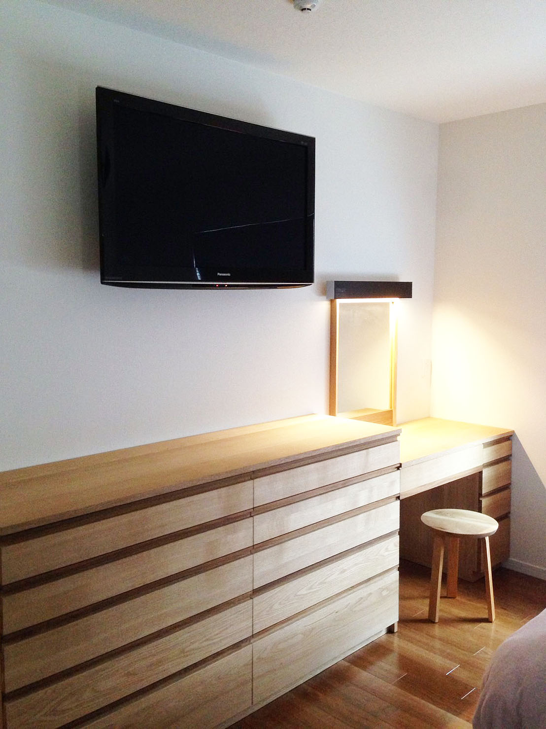 オーダー家具・壁面収納・ドレッサー