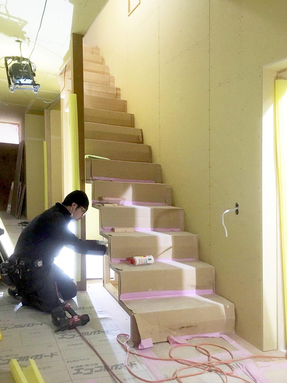 奥飛騨のリノベーション物件の階段