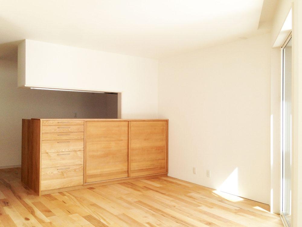 キッチン 背面 カウンター 収納 / オーダー家具 滋賀
