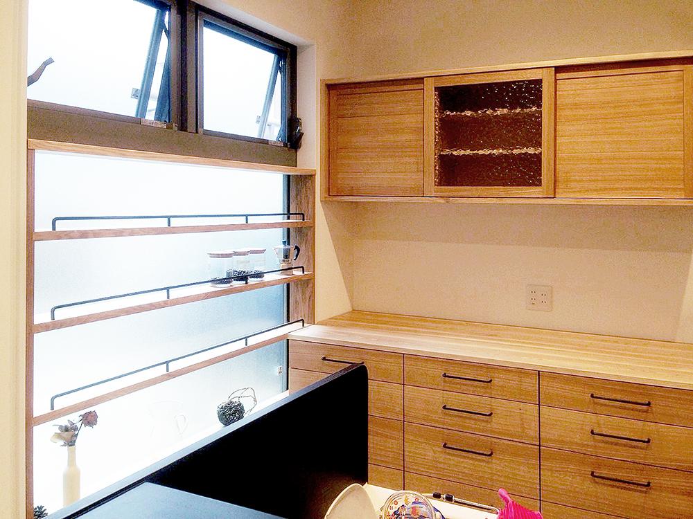 オーダー家具・食器棚、小棚