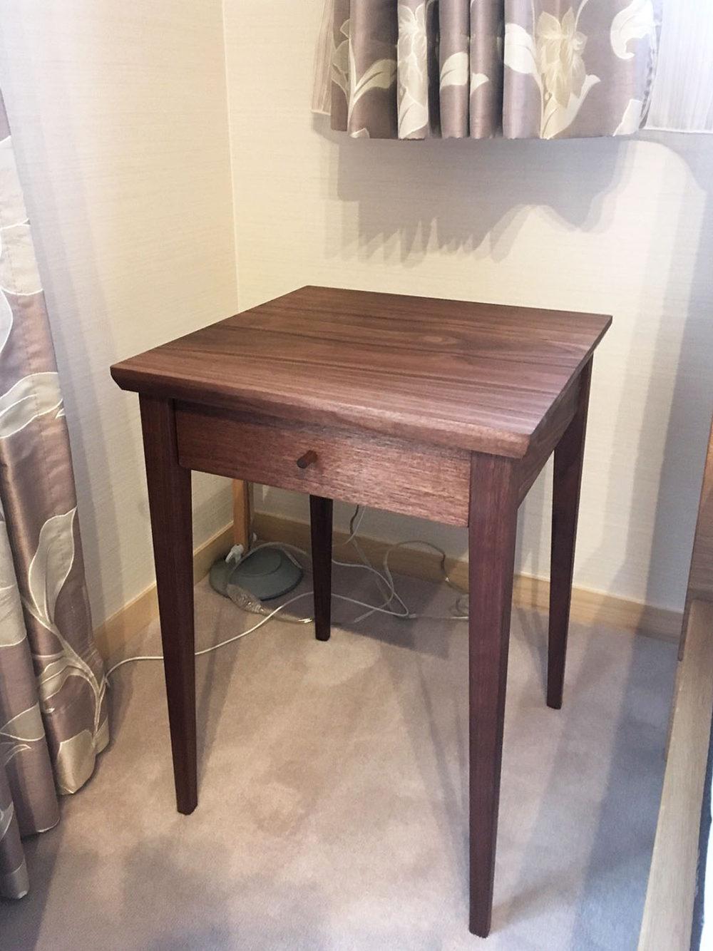オーダー家具・サイドテーブル